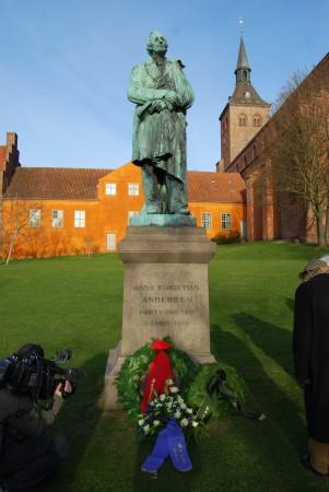H.C. Andersen Statuen i Eventyrhaven Odense