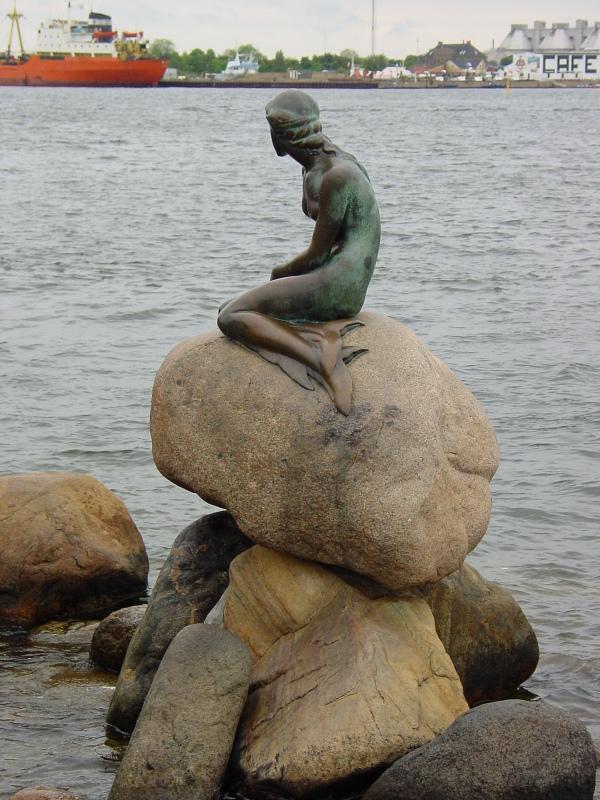 Den lille Havfrue - The little Mermaid - Copenhagen. Foto Lars Bjørnsten Odense