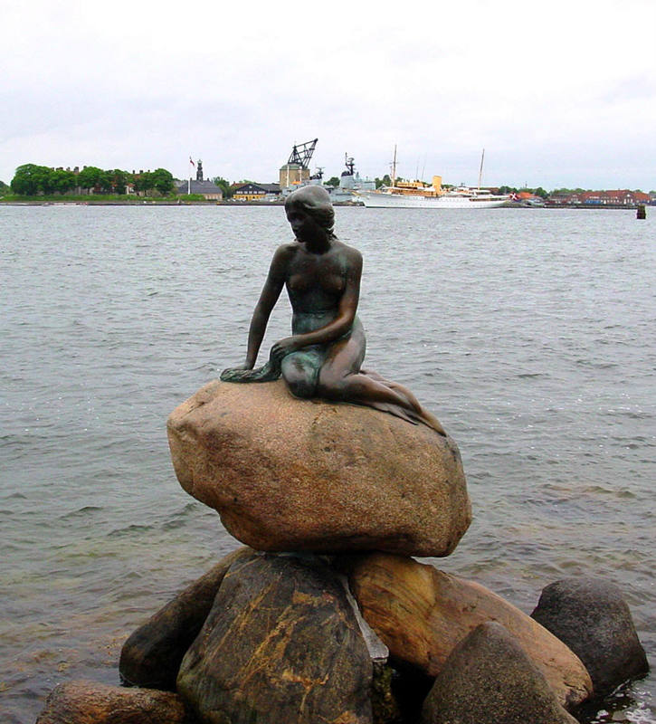 Den lille Havfrue - The little Mermaid - Copenhagen. Foto Lars Bjørnsten Odense
