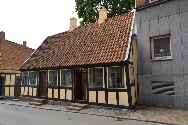 Billeder fra H.C. Andersens barndomshjem i Munkemøllestræde 3 | H.C. Andersen Information