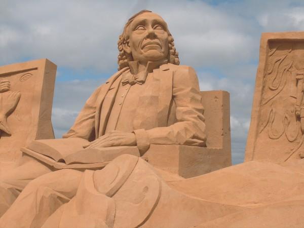 hcand-sand (3)