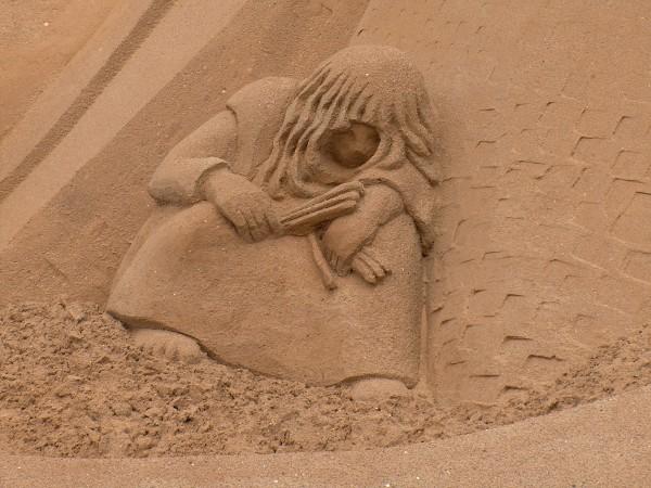 pige-svovlstikker-sand
