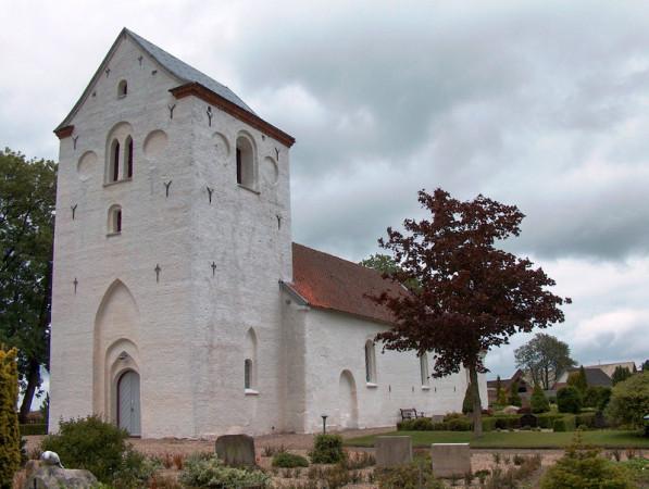 1-hjermind-kirke