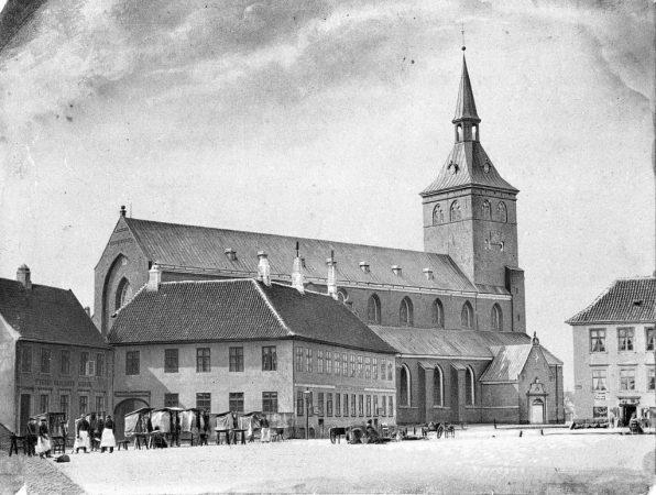 sct-knuds-kirke-1860